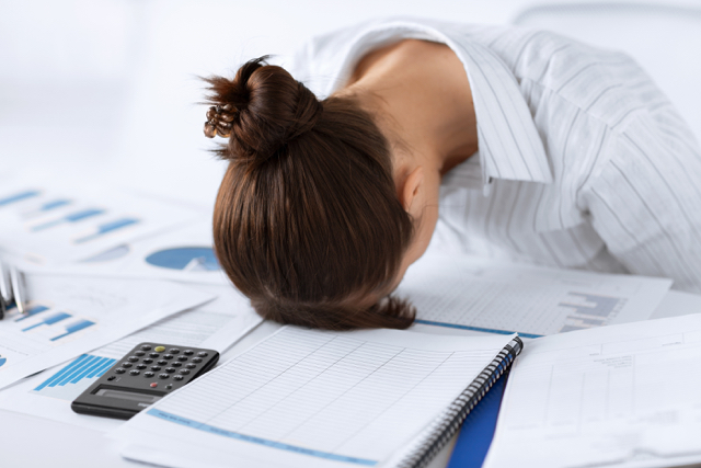 1424-cash-flow-picture-of-woman-sleeping_640x427